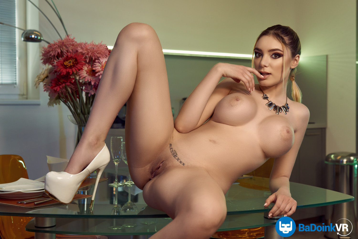 Working Up An Appetite - Paola Hard VR Porn - Paola Hard Virtual Reality Porn