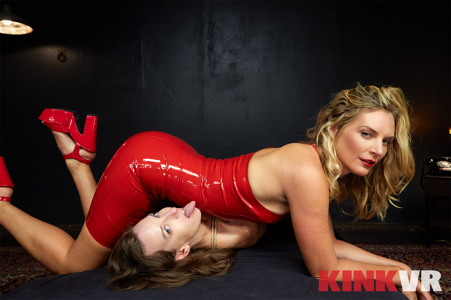 Danger In A Red Dress - Mona Wales VR Porn - Mona Wales Virtual Reality Porn - Elise Graves VR Porn - Elise Graves Virtual Reality Porn