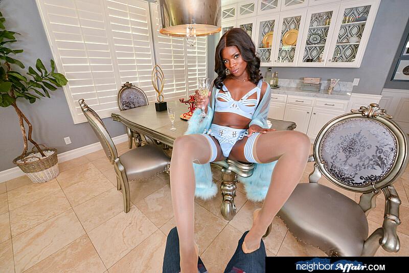 Neighbor Affair - Ana Foxxx VR Porn - Ana Foxxx Virtual Reality Porn - Ana Foxxx Stockings